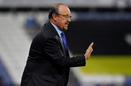 Everton boss Rafael Benitez wants players to turn Goodison Park into a fortress