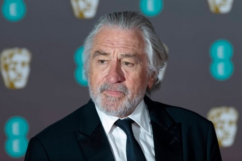 Robert De Niro pays tribute to his former co-star Sir Sean Connery