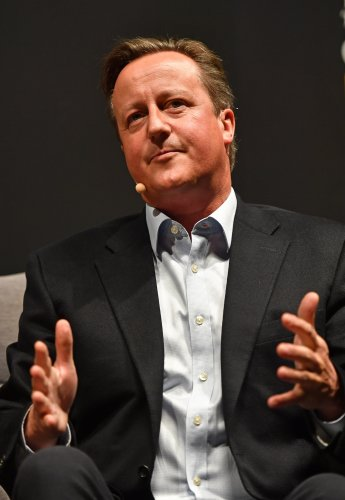 Cameron, financier and Hancock discussed NHS payment scheme over 'private drink'