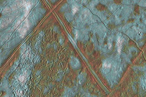 Jupiter's moon Europa has ice that may glow green in the dark