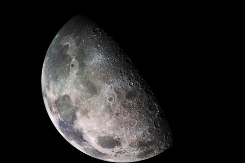 Crewed lunar mission must launch by 2025 to avoid deadly solar storms