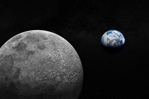 Moon craters hint huge asteroids bombarded Earth 800 million years ago
