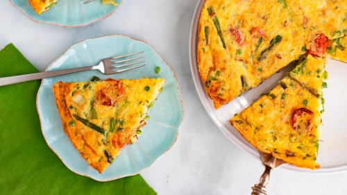 Simple egg frittata recipe with vegetables