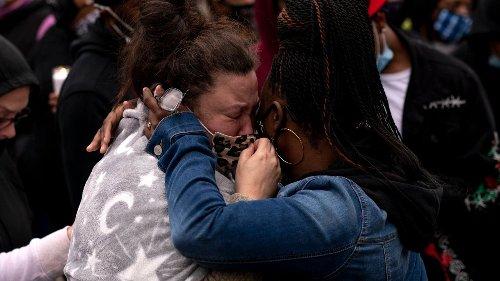 1600: Biden urges calm after Minnesota police shooting