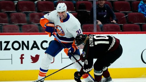 Chara's early struggles may force changes to Isles' defense