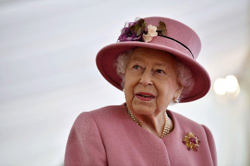 Queen Steers Back to Royal Duties During Mourning Period