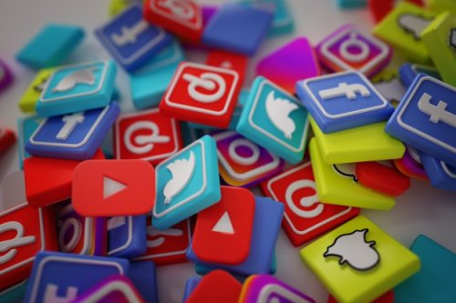 Top 5 Best Tools for Social Media Monitoring For Your Company