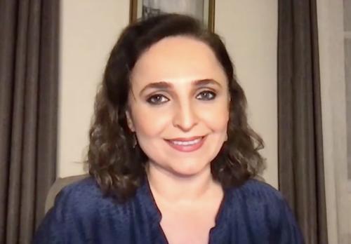 Gazeteci Ayşegül Doğan yeniden tv'yi anlatıyor