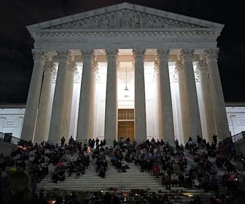 Democrats to Unveil Bill to Expand Supreme Court by 4 Justices
