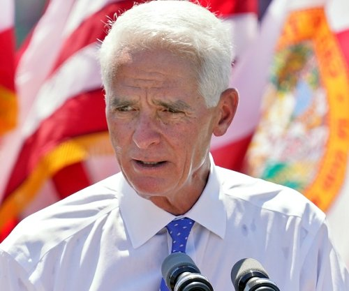 Democrats Not Enthused by Charlie Crist's Bid For Florida Governor