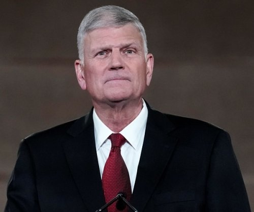 Franklin Graham Warns Christians Not to Wait 'Too Late' for COVID Shot