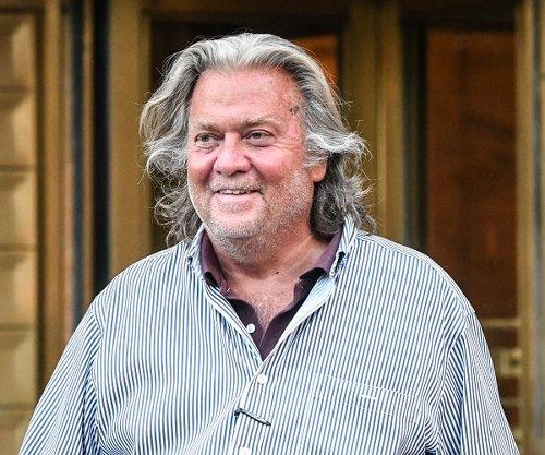 Judge Dismisses Fraud Indictment Against Ex-Trump Adviser Bannon