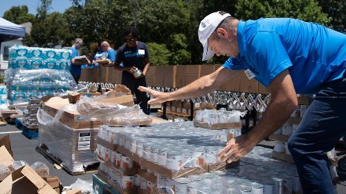 As hurricane season comes to NC, volunteers and Food Shuttle want to get people ready