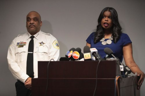 Cook County State's Attorney Kim Foxx Apologies For 'Confusion' Her Office Caused in Adam Toldeo Case