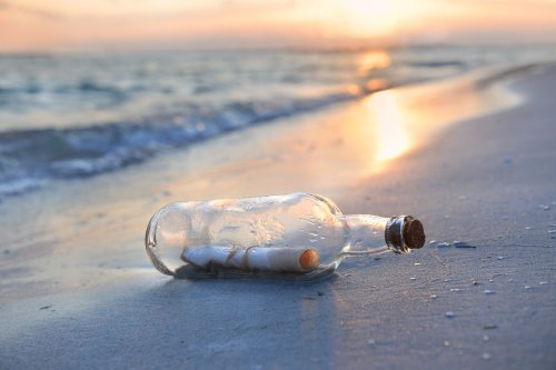 Message in a bottle washes up on Hawaiian beach after 37 years