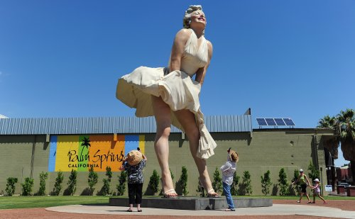 """Protests over Marilyn Monroe statue forcing museum guests to """"upskirt"""""""