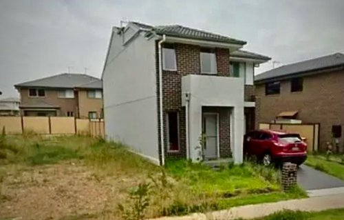 """""""Where's my house?"""": Homebuyer shocked to discover half of property missing"""