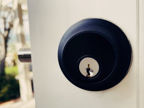 Touch this elegant smart lock for easy access to your home