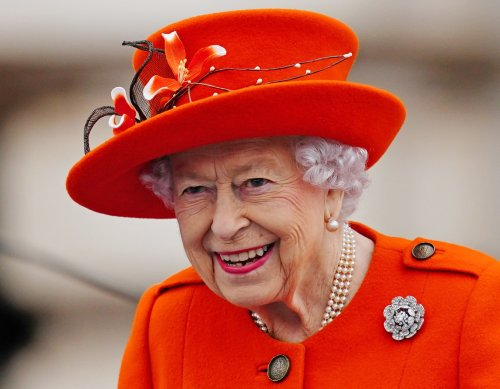 Queen will step back if health becomes detrimental to monarchy—biographer
