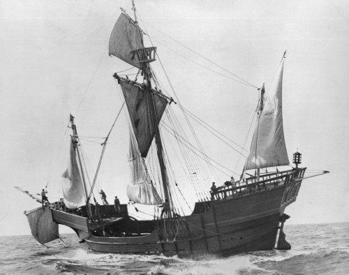 School district nixes Christopher Columbus ship Santa Maria in logo