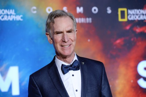 Bill Nye rips COVID anti-vaxxers, says becoming an incubator for variants is not fair