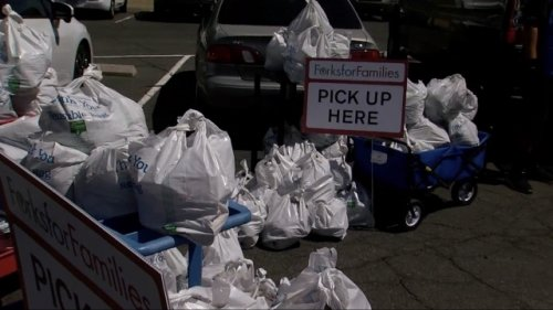 KNXV: Amazon Drivers Help Deliver Food To Families In Need