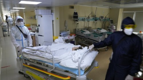 Moscow Closing Schools, Many Businesses As Virus Deaths Soar