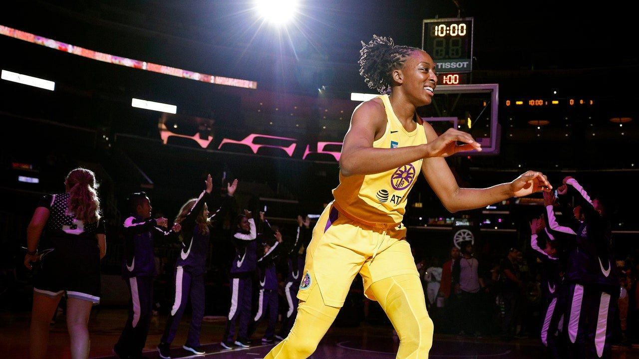Nneka Ogwumike and the W.N.B.A.'s Big, Complicated Moment