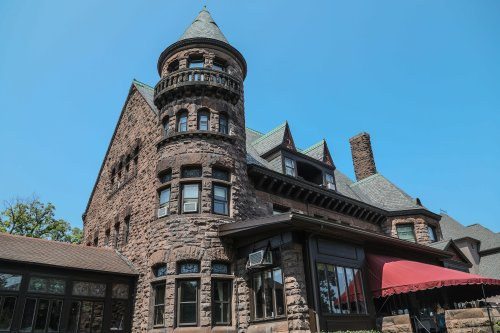 Gorgeous getaways: 6 beautiful places to stay in Upstate NY