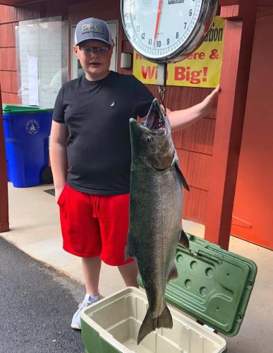 WNY angler wins $10,000 grand prize in Summer LOC Derby on Lake Ontario