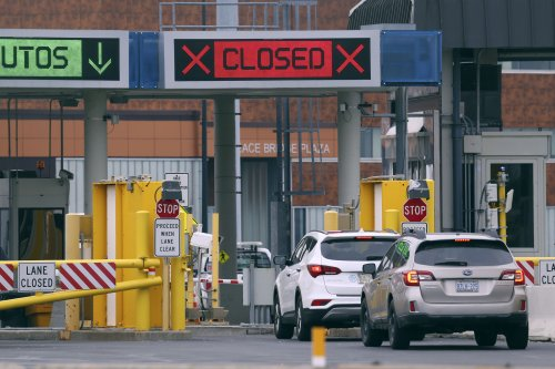 Anger grows as Canada's phased border reopening makes US travelers wait longer