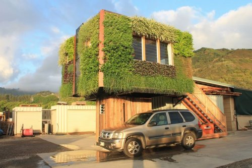 Tiny House Design Floats Affordable Housing Over Parking Spaces