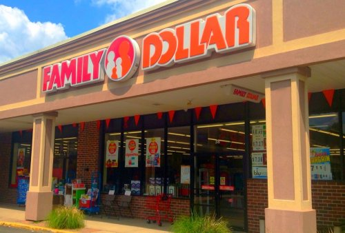 Bottom Line: Dollar Stores Make Up Nearly Half of All New Store Openings This Year