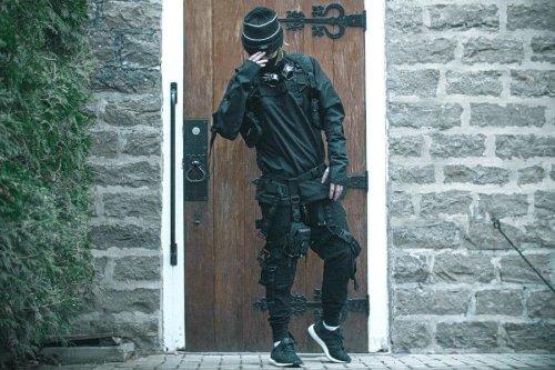 33 Best Techwear Outfits for Men
