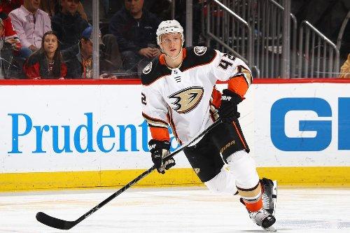 Anaheim Ducks looking to trade Josh Manson