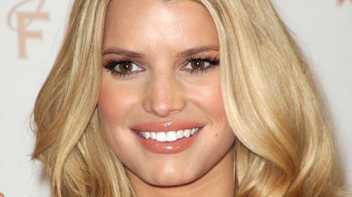 The Shady Side Of Jessica Simpson