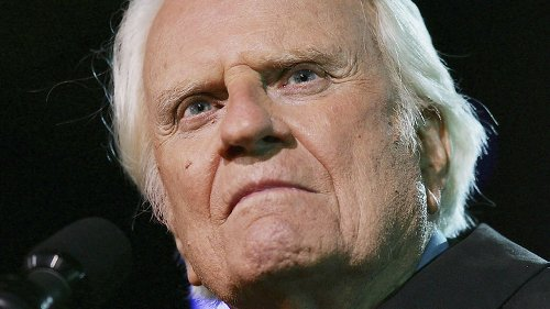 The Truth About Queen Elizabeth's Relationship With Billy Graham