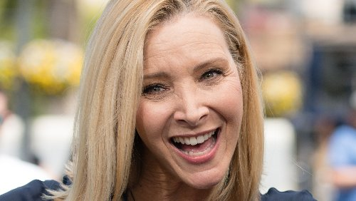 The Truth About Lisa Kudrow's Plastic Surgery