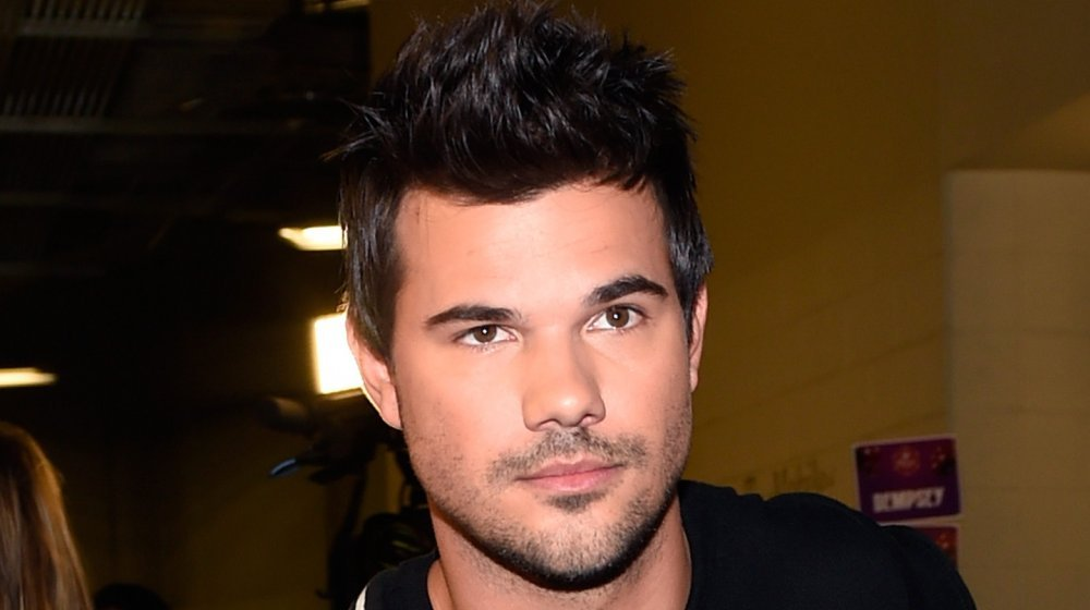 Here's How Much Money Taylor Lautner Made From Twilight
