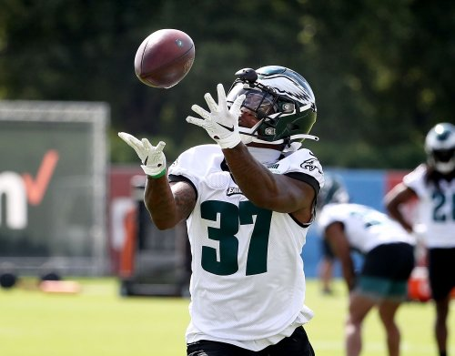 6 Eagles training camp observations from practice No. 7: Coaching staff doesn't hold back; Zech McPhearson gets starter reps