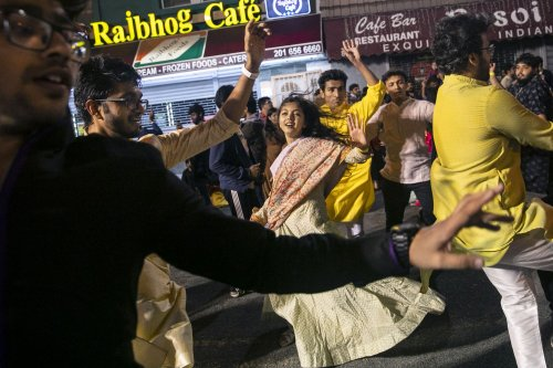 Thousands dance in the streets to celebrate festival of Navratri in N.J. (PHOTOS)