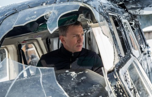 Daniel Craig delivers emotional goodbye to James Bond cast and crew