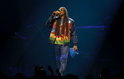 Snoop Dogg honours late mother with singalong to 'Stand By Me'