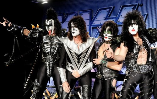 Paul Stanley says KISS could continue without him and Gene Simmons