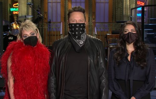 Elon Musk has reportedly lost $20billion since 'SNL' special
