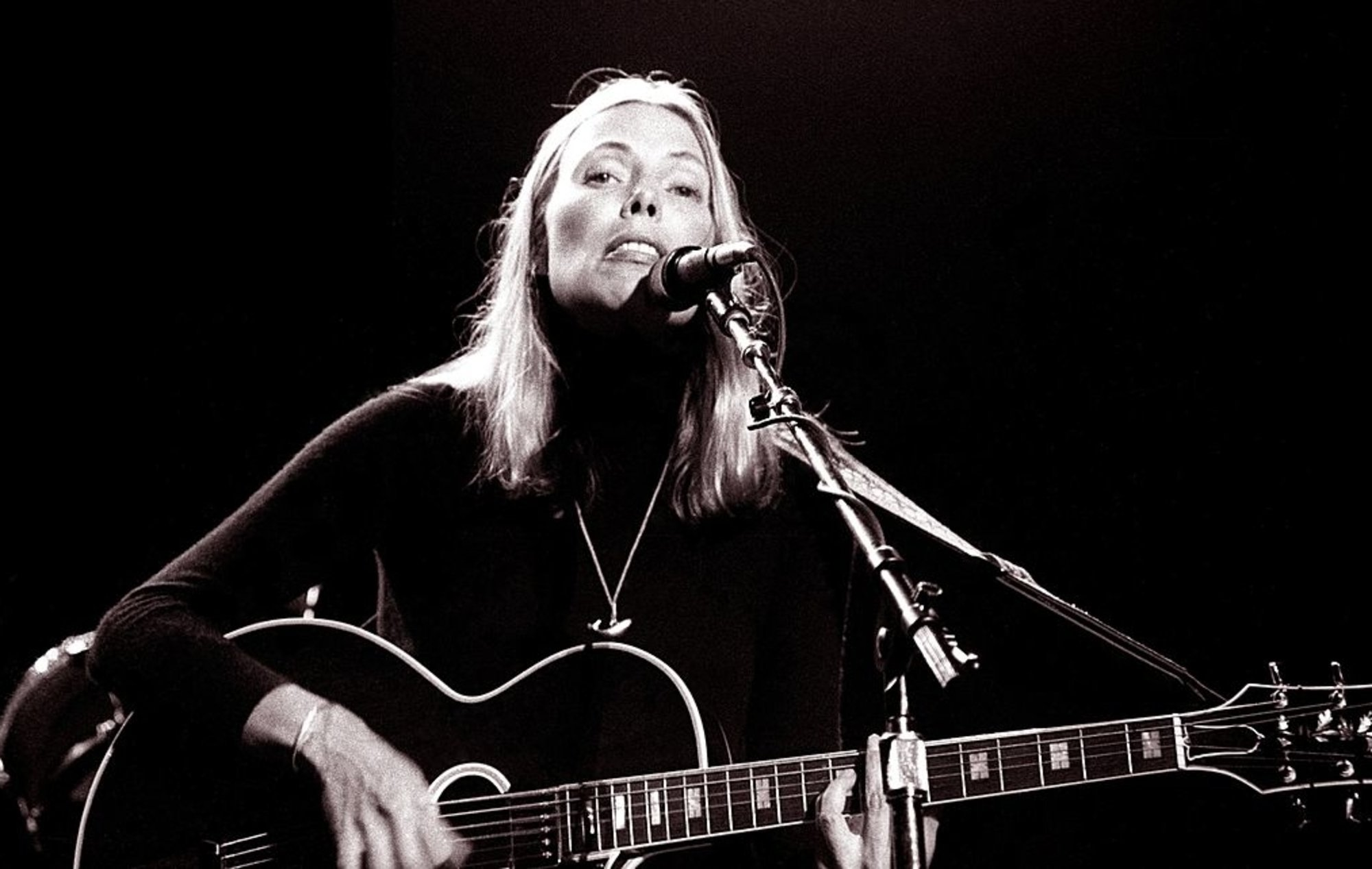 Joni Mitchell celebrates 50th anniversary of 'Blue' with new demos EP
