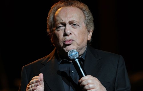 Entertainment world pays tribute to comedian Jackie Mason