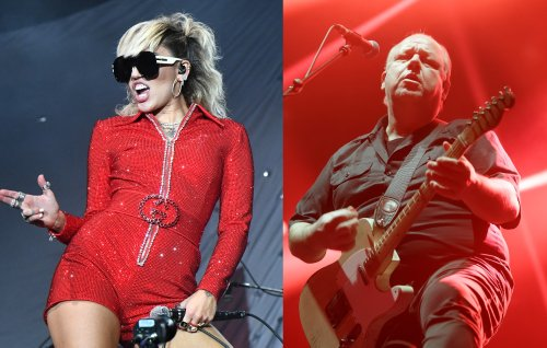 Miley Cyrus made a 'We Can't Stop' and the Pixies' 'Where Is My Mind?' medley for Lollapalooza