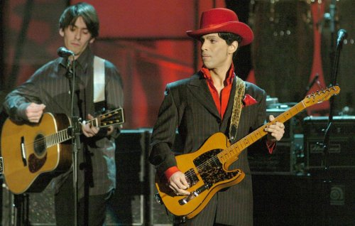 Watch a new director's cut of Prince's 'While My Guitar Gently Weeps' solo