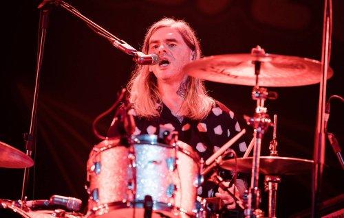 Franz Ferdinand announce departure of drummer Paul Thomson